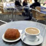 coffee and coissant